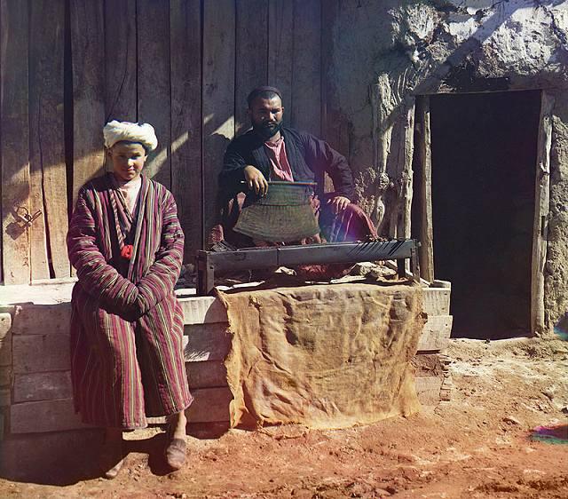 """""""Kebab kuća"""" u Semerkandu (današnji Uzbekistan). Ovaj izrazito """"ukusni zanat"""" i dan danas je velika poslastica u čitavom svijetu."""