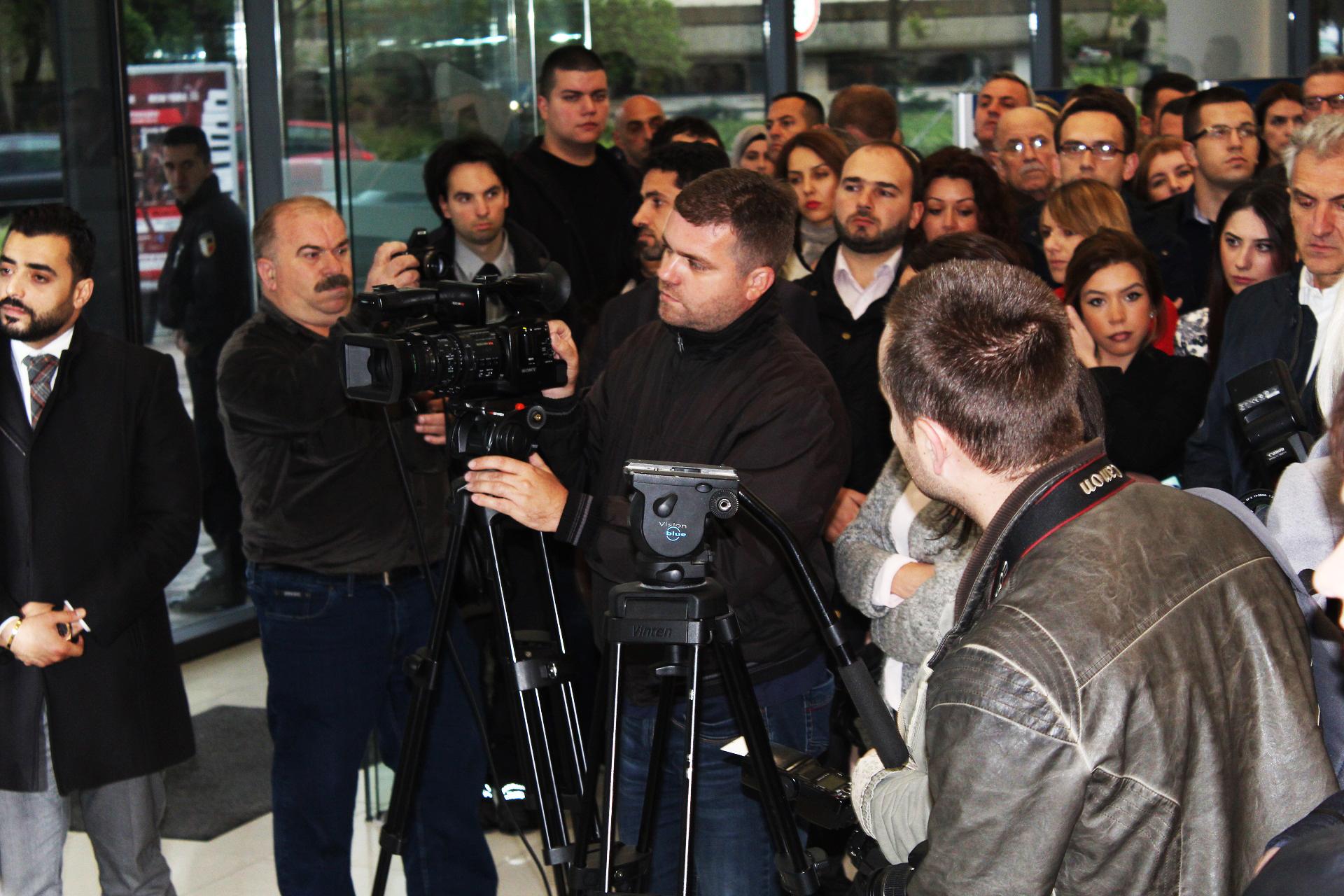 Veliki broj medija je propratio otvaranje naše Izložbe.
